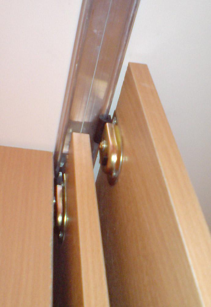 Как сделать раздвижные двери у шкафа самому